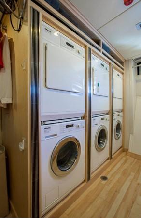 Laundry 1974 AUROUX SHIPYARD Research Yacht  2223361
