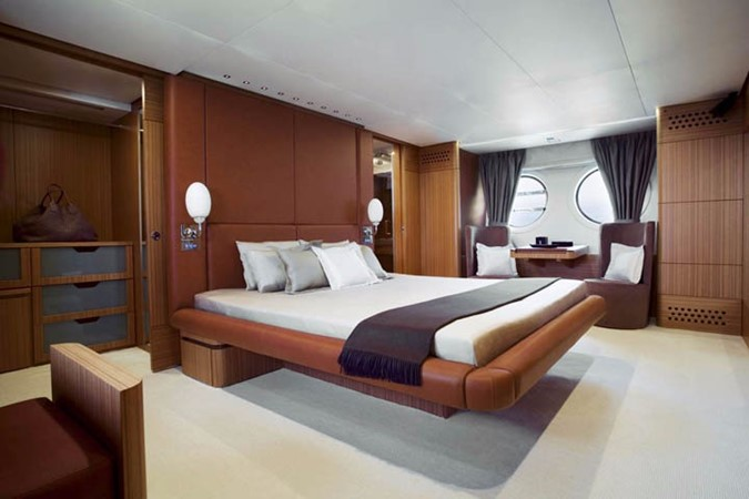 Master Stateroom 2006 AICON YACHTS   2224772