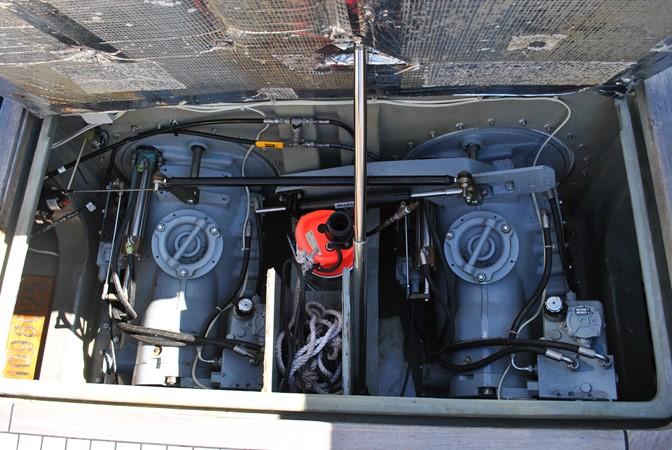 2000 GOETZ CUSTOM BOATS Express Motor Yacht 2233996