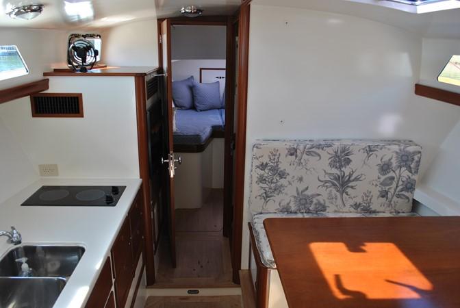 2000 GOETZ CUSTOM BOATS Express Motor Yacht 2234000