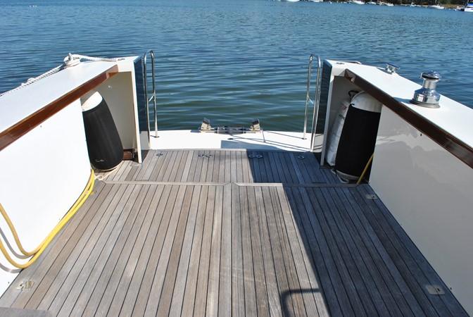2000 GOETZ CUSTOM BOATS Express Motor Yacht 2234004