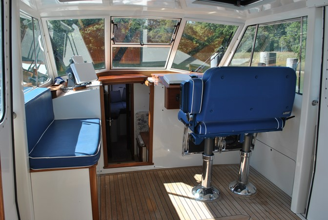 2000 GOETZ CUSTOM BOATS Express Motor Yacht 2234009