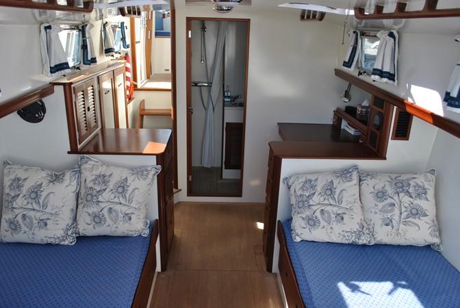 2000 GOETZ CUSTOM BOATS Express Motor Yacht 2234010