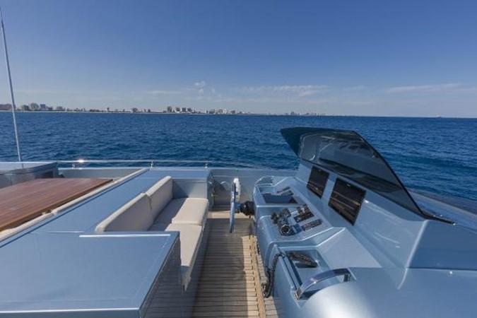 YachtDetails - Thompson Westwood White Yachts