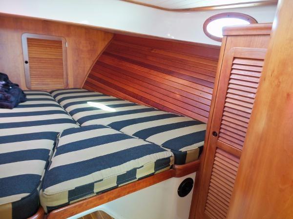 1995 HINCKLEY Picnic Boat Classic  2249362