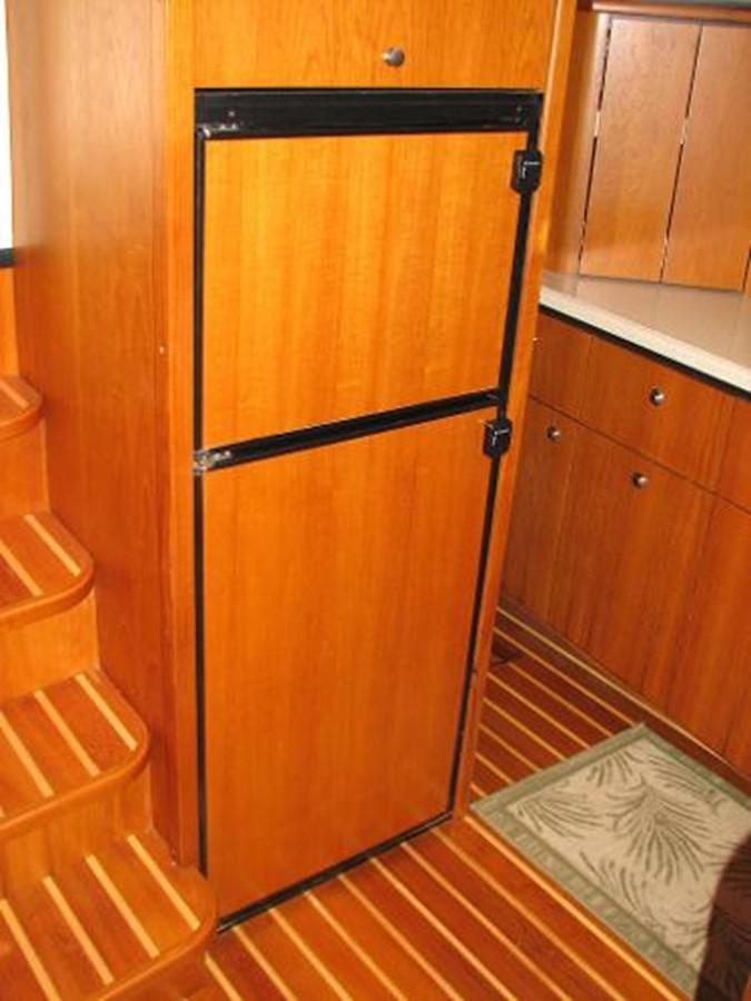 Full Size Refrigerator 2008 TIARA 4300 Sovran Express 2249894