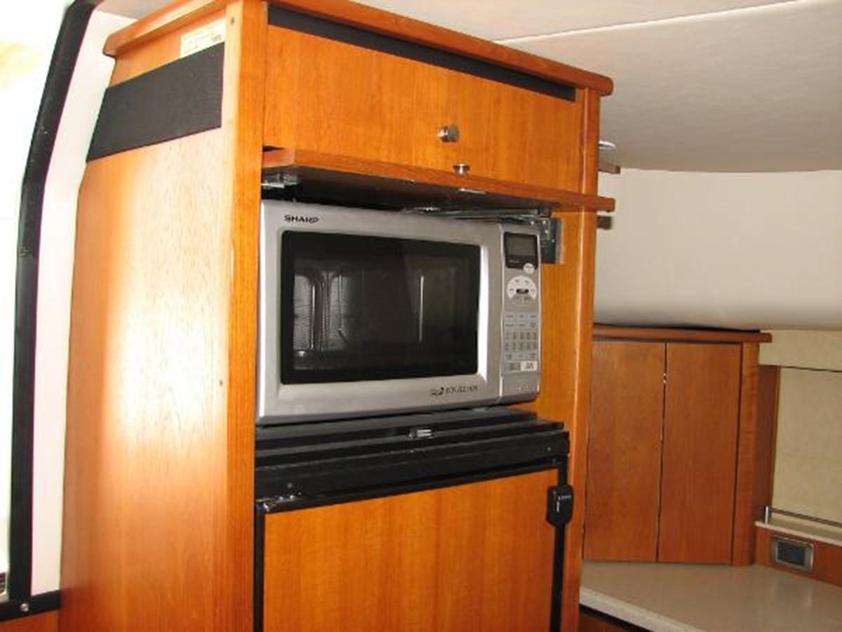 Microwave 2008 TIARA 4300 Sovran Express 2249901