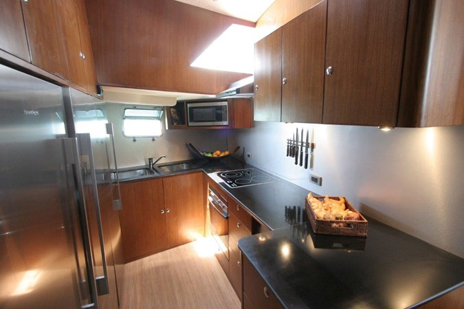2009 Culham Engineering   Deck Saloon 2252872
