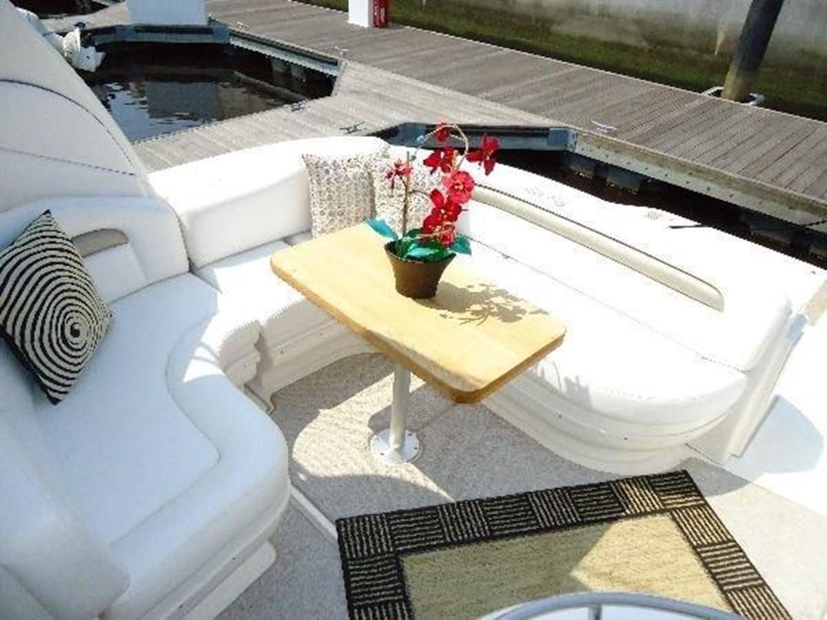 2006 SEA RAY Hydraulic Swim Platform & Bow Thruster  2253419
