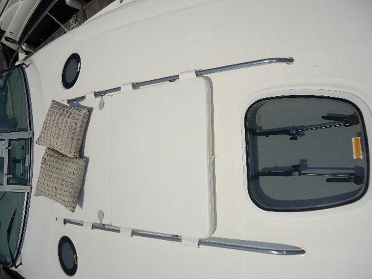 2006 SEA RAY Hydraulic Swim Platform & Bow Thruster  2253433