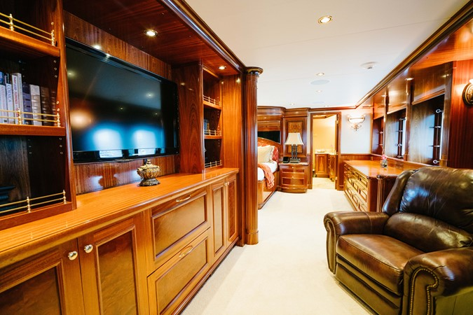2010 RICHMOND YACHTS 150 Tri-Deck  Motor Yacht 2256233