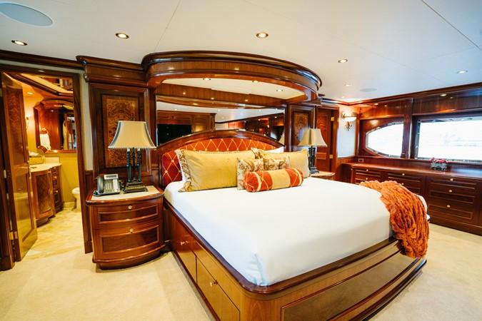 2010 RICHMOND YACHTS 150 Tri-Deck  Motor Yacht 2256253