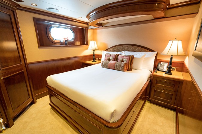 2010 RICHMOND YACHTS 150 Tri-Deck  Motor Yacht 2256266