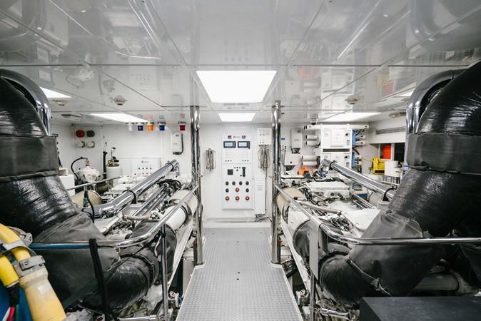 2010 RICHMOND YACHTS 150 Tri-Deck  Motor Yacht 2256284