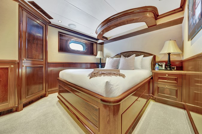 2010 RICHMOND YACHTS 150 Tri-Deck  Motor Yacht 2755324