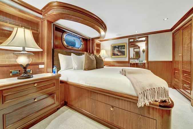2010 RICHMOND YACHTS 150 Tri-Deck  Motor Yacht 2755327