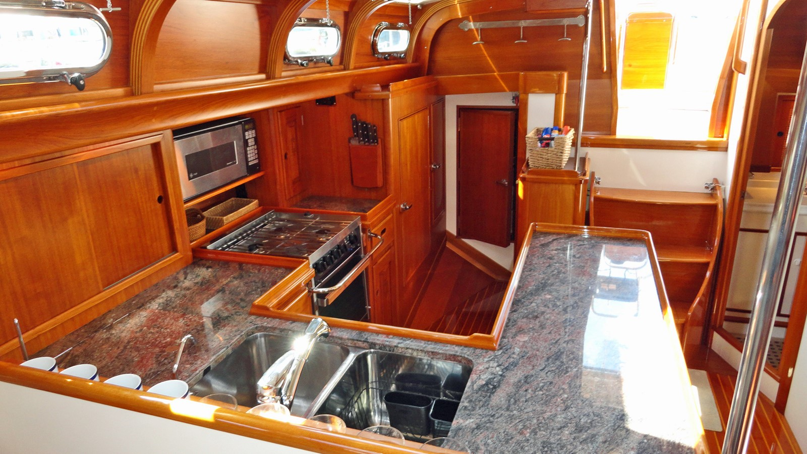 Galley Looking Aft 1999 LYMAN MORSE BOAT CO. Hood Custom 60 Aft Cockpit 2256576