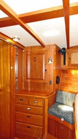 Owner's Cabin, Port 1999 LYMAN MORSE BOAT CO. Hood Custom 60 Aft Cockpit 2256561