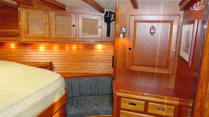 Owner's Cabin, Stbd. 1999 LYMAN MORSE BOAT CO. Hood Custom 60 Aft Cockpit 2256570