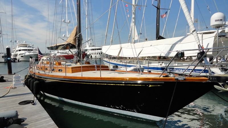At Dock 1999 LYMAN MORSE BOAT CO. Hood Custom 60 Aft Cockpit 2256587