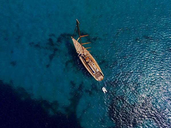 2001 WALLY Wally 88.2 Performance Sailboat 2261458
