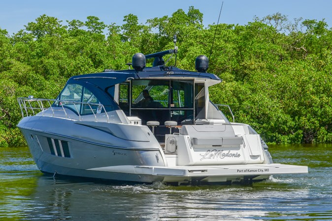 NO NAME 2016 Cruisers Yachts 45 Cantius MLS #246627 | YATCO MLS - Yacht  Sales