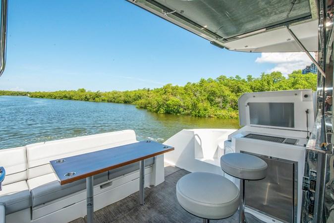 2016 Cruisers Yachts 45 Cantius  2619725