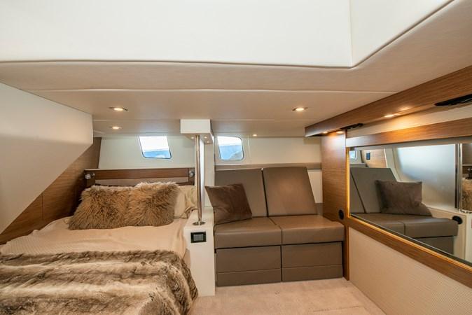 2016 Cruisers Yachts 45 Cantius  2619750