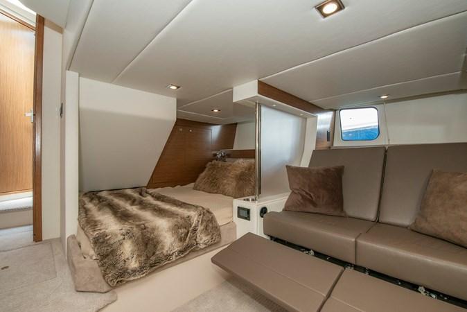 2016 Cruisers Yachts 45 Cantius  2619755