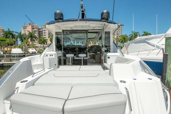 2016 Cruisers Yachts 45 Cantius  2619759