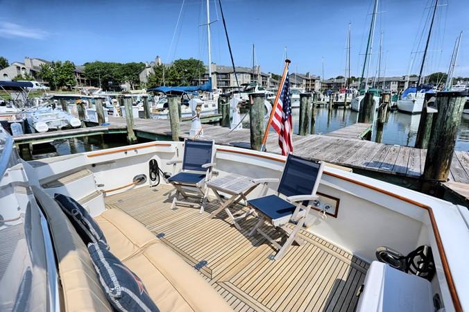 6 1999 GRAND BANKS 49 Eastbay Motor Yacht 2660679
