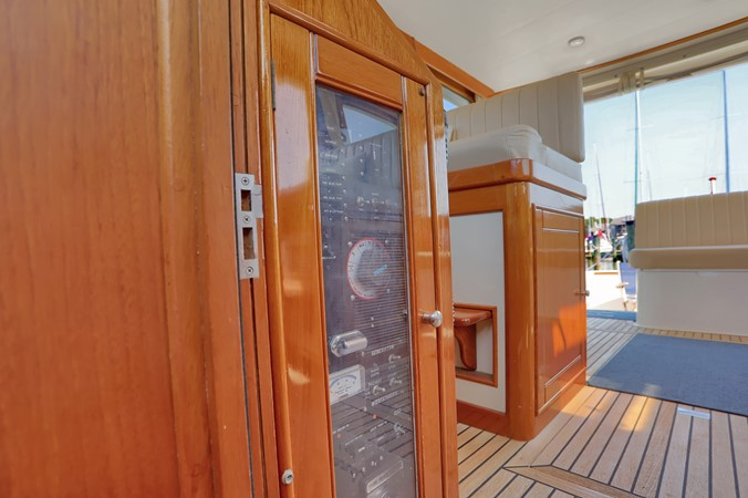 12 1999 GRAND BANKS 49 Eastbay Motor Yacht 2660687