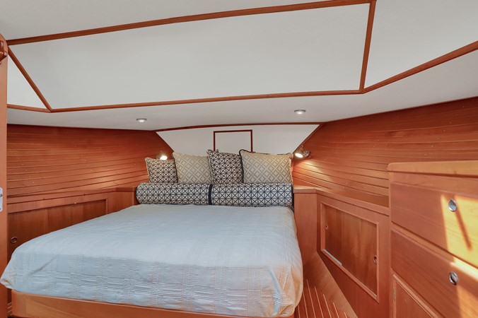 40 1999 GRAND BANKS 49 Eastbay Motor Yacht 2660716