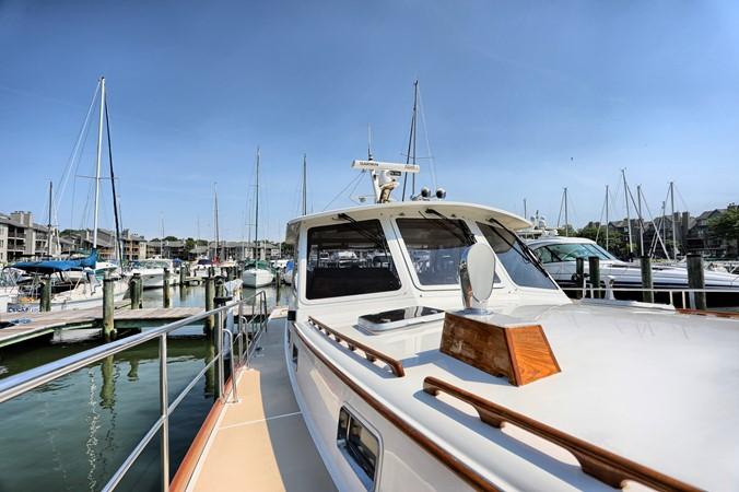 60 1999 GRAND BANKS 49 Eastbay Motor Yacht 2660734