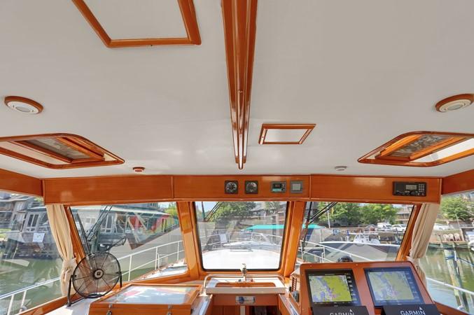 66 1999 GRAND BANKS 49 Eastbay Motor Yacht 2660739