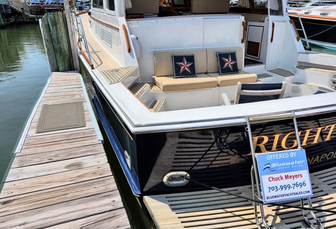 73 1999 GRAND BANKS 49 Eastbay Motor Yacht 2660744