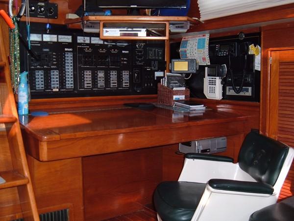1990 IRWIN YACHTS Irwin 52 Center Cockpit 2264091