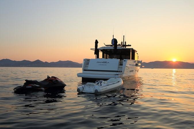 2014 ARCADIA YACHTS 85 Mega Yacht 2275203