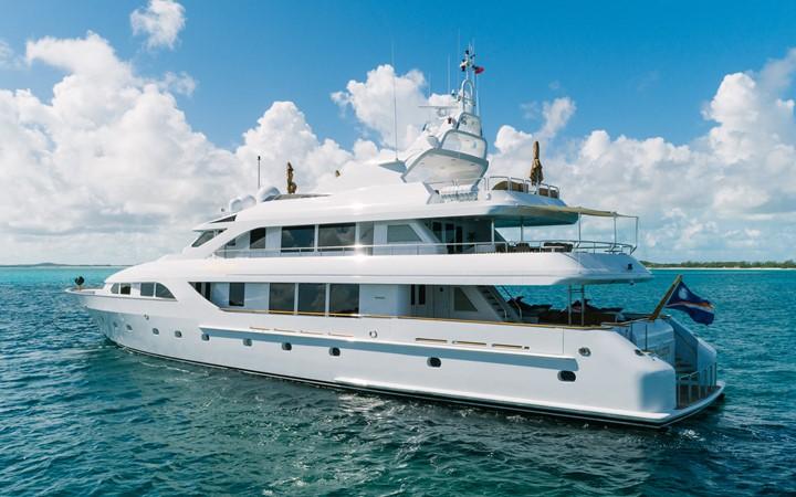 1999 INTERMARINE Motor Yacht  2353900