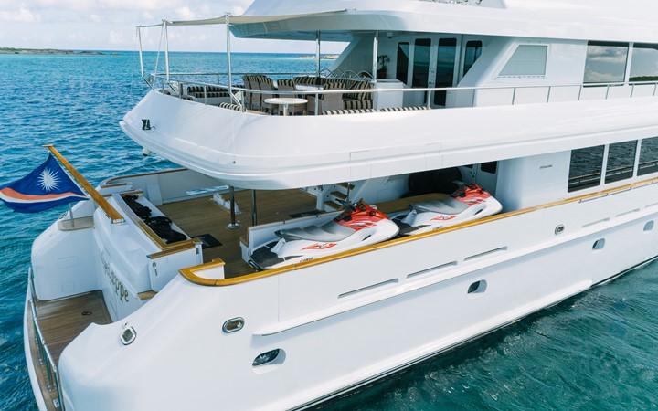 1999 INTERMARINE Motor Yacht  2353905