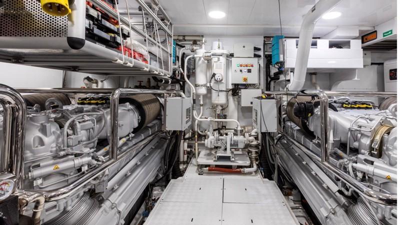 2016 Admiral - The Italian Sea Group Impero Motor Yacht 2424933