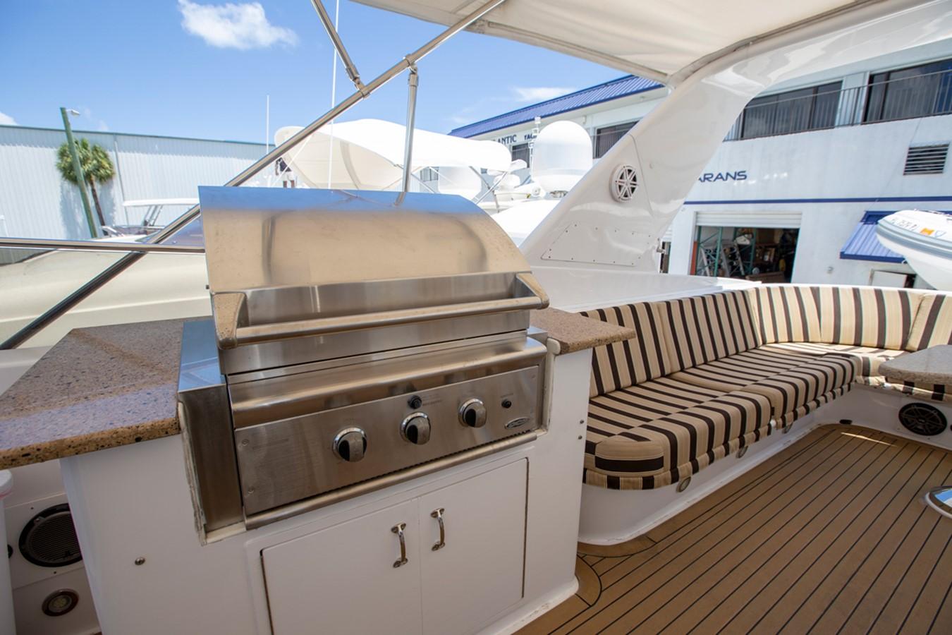 2000 HATTERAS Motor Yacht  2281982