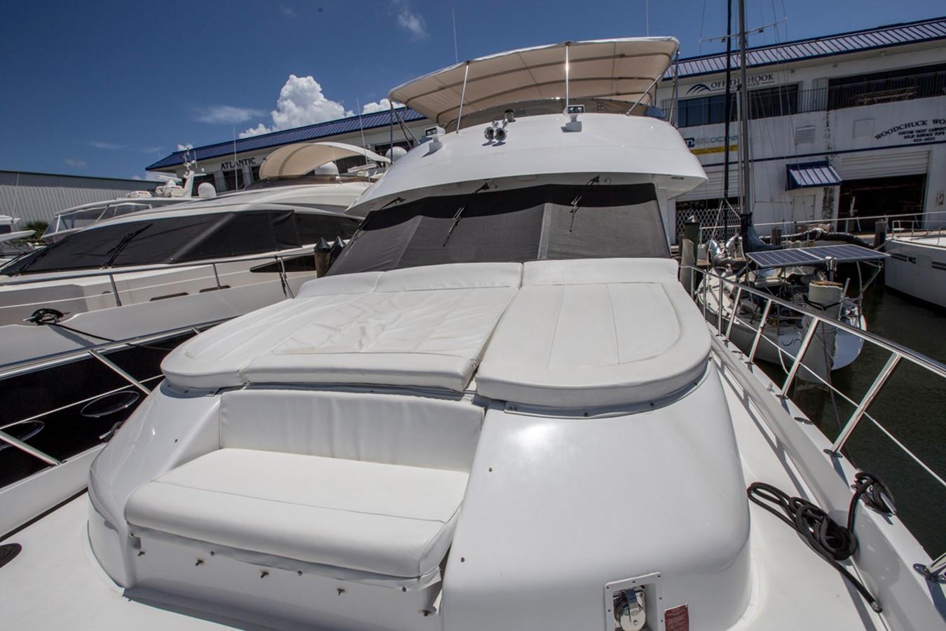 2000 HATTERAS Motor Yacht  2281995