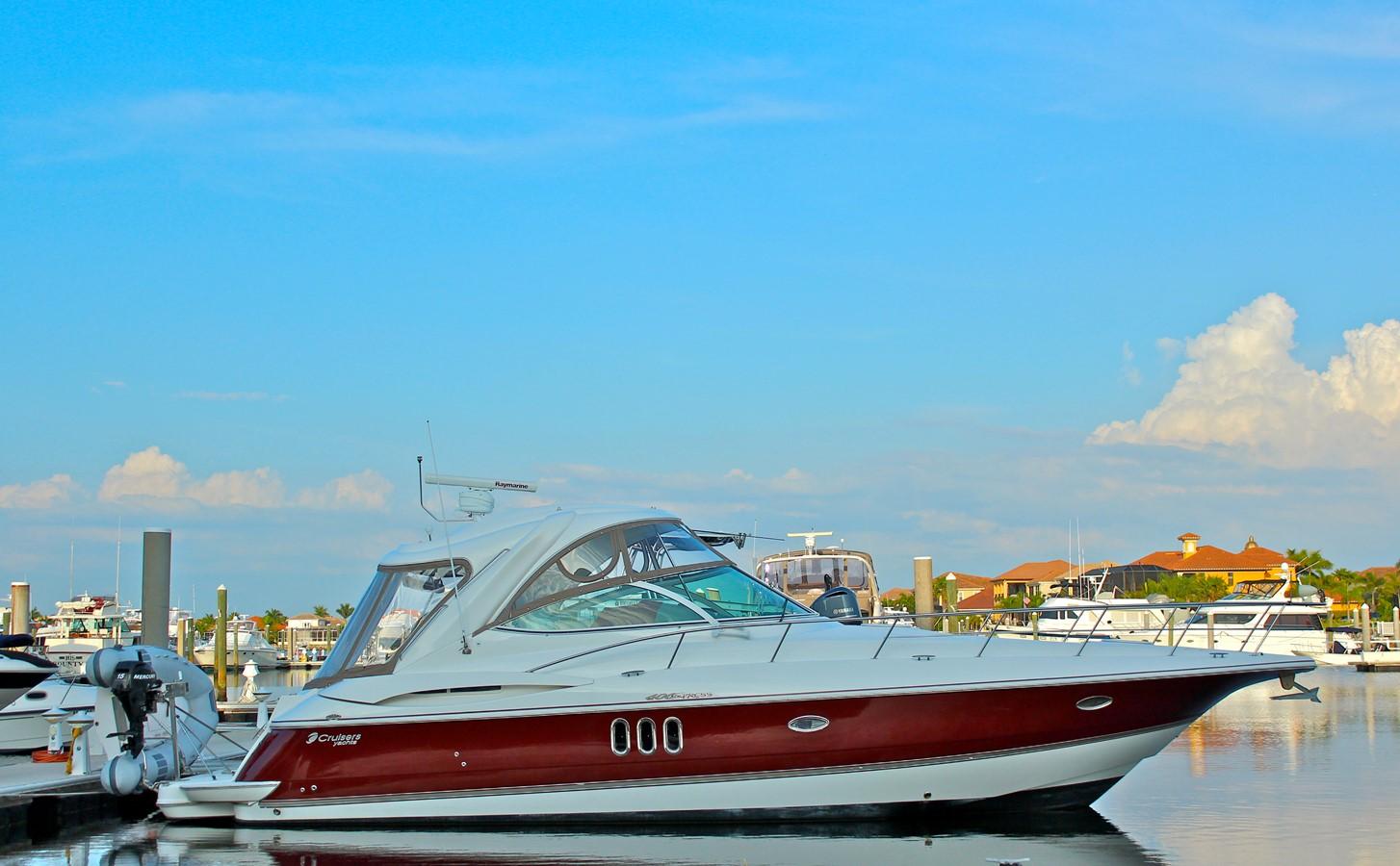 2005 CRUISERS YACHTS 400 Express Motor Yacht 2284483