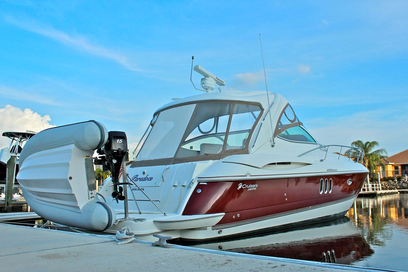 2005 CRUISERS YACHTS 400 Express Motor Yacht 2284487