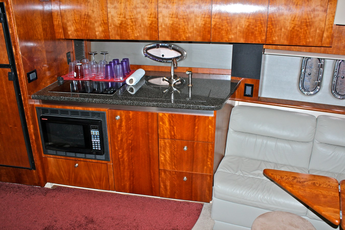 2005 CRUISERS YACHTS 400 Express Motor Yacht 2284496
