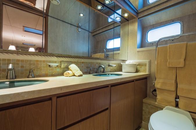 Portside Guest Cabin Head 1985 FEADSHIP Yacht Fisherman Sport Fisherman 2313197