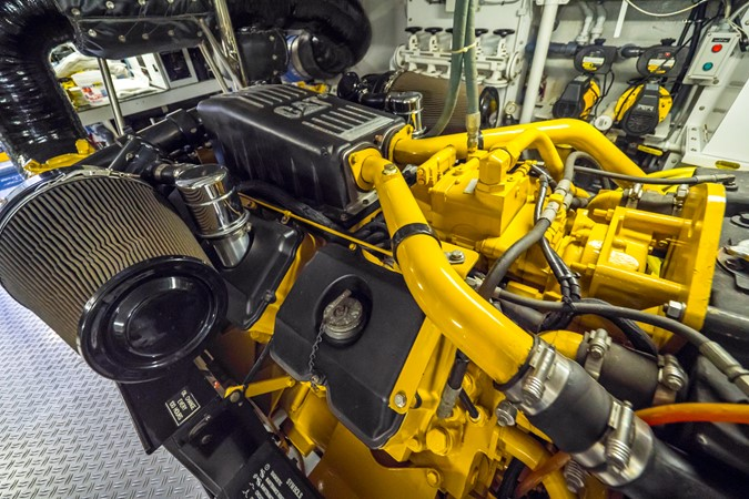 Port Engine  1985 FEADSHIP Yacht Fisherman Sport Fisherman 2313231