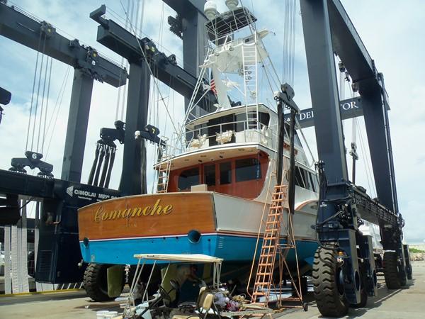 8/30/18 Bottom Inspection 1985 FEADSHIP Yacht Fisherman Sport Fisherman 2323454
