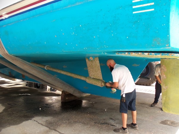 8/30/18 Bottom Inspection 1985 FEADSHIP Yacht Fisherman Sport Fisherman 2323458